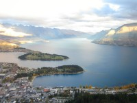 Queenstown – Hiking in the Mountains & Devouring Fergburger
