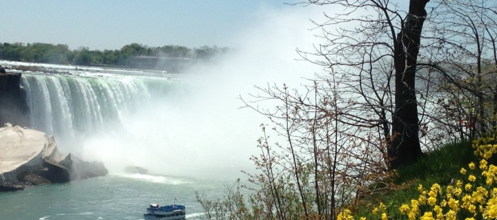 That Time When Toronto Was In Love With Niagara Falls